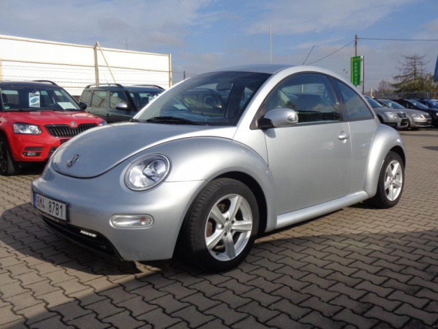 Volkswagen New Beetle 1.6i 75KW HIGH KLIMA