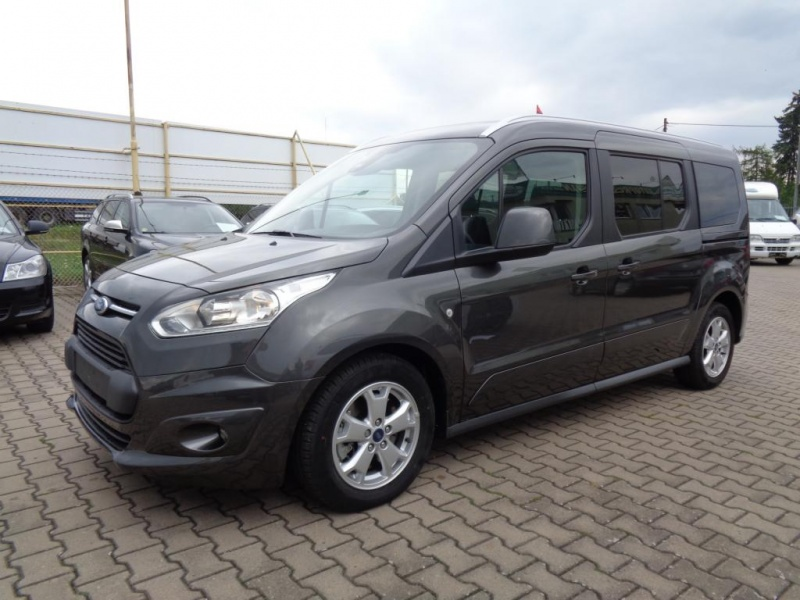 Ford Tourneo Connect 1.5TDCi 88KW 7.MÍST NAVI PANORAMA